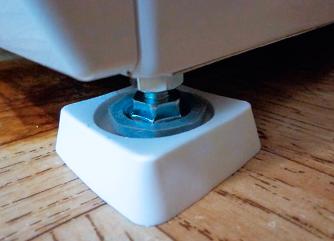 Напольное-покрытие-под-стиральную-машину